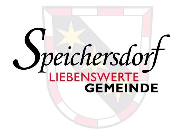 Schriftzug von Speichersdorf mit Wappen im Hintergrund
